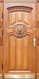 Двери с отделкой массивом дерева