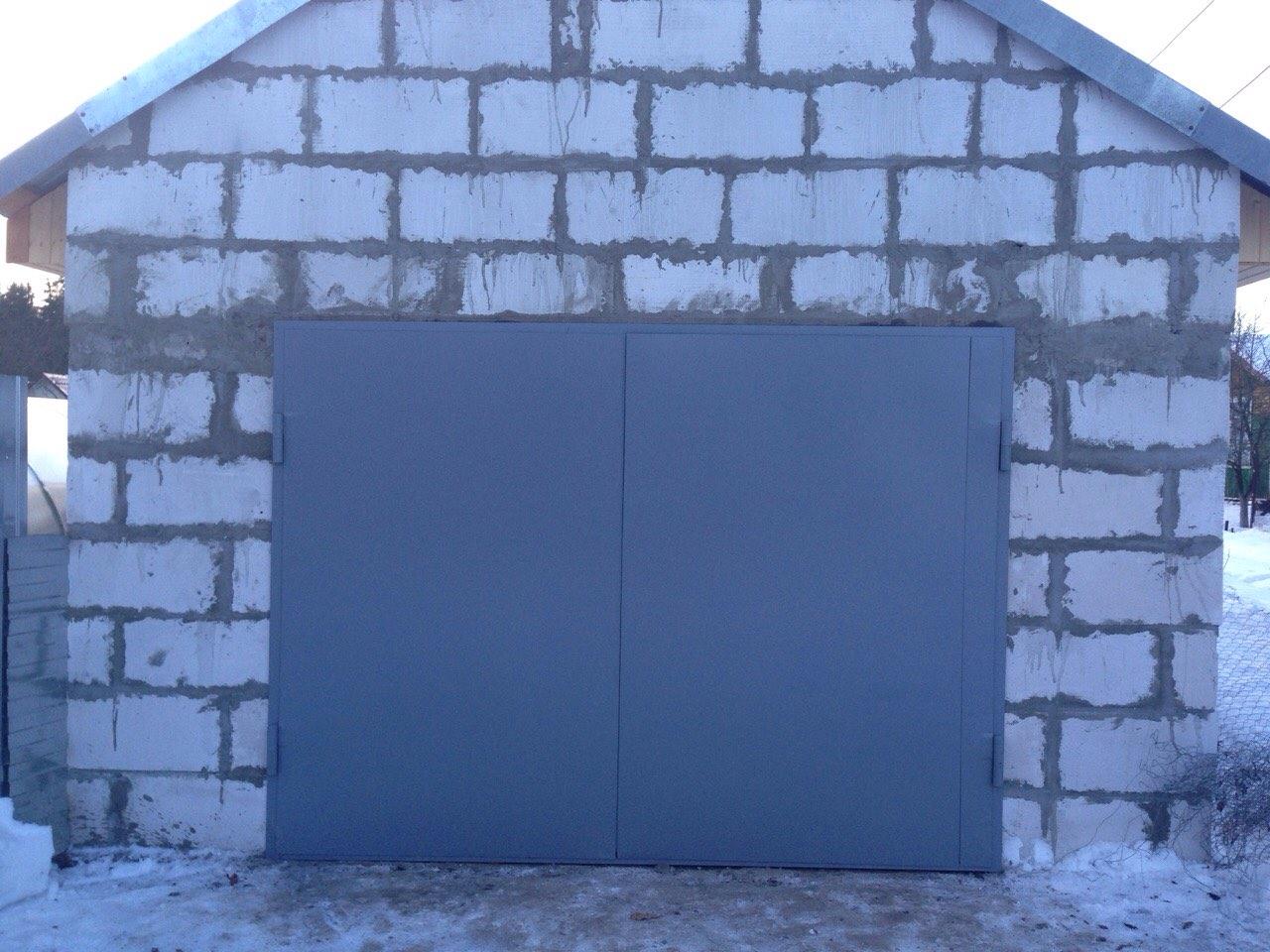 Установка металлических гаражных ворот своими руками