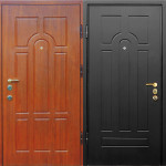 Дверь с отделкой панелями МДФ