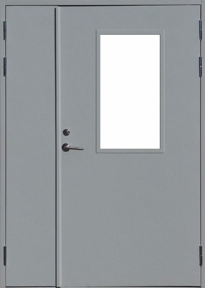 двери металлические внутренние остеклённые